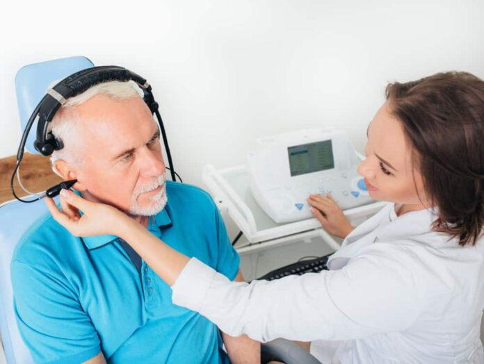 How to become an audiologist?