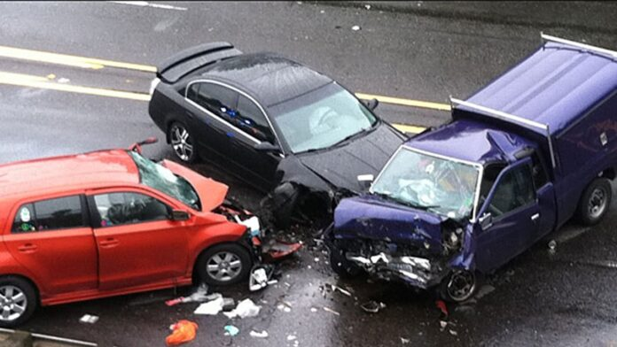 Useful Tips to Avoid Car Collision/Accidents While Driving